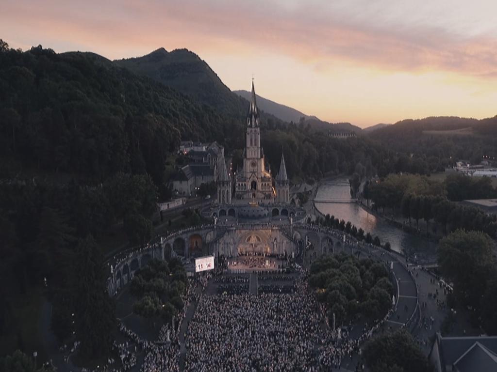 Lourdes, das Heiligtum des Überflusses.